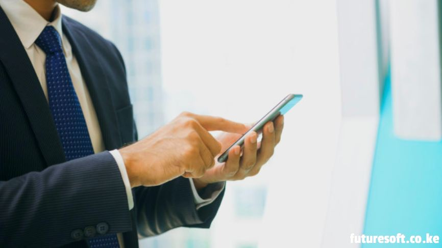 Staying Connected With The Employees Through Cell Phones